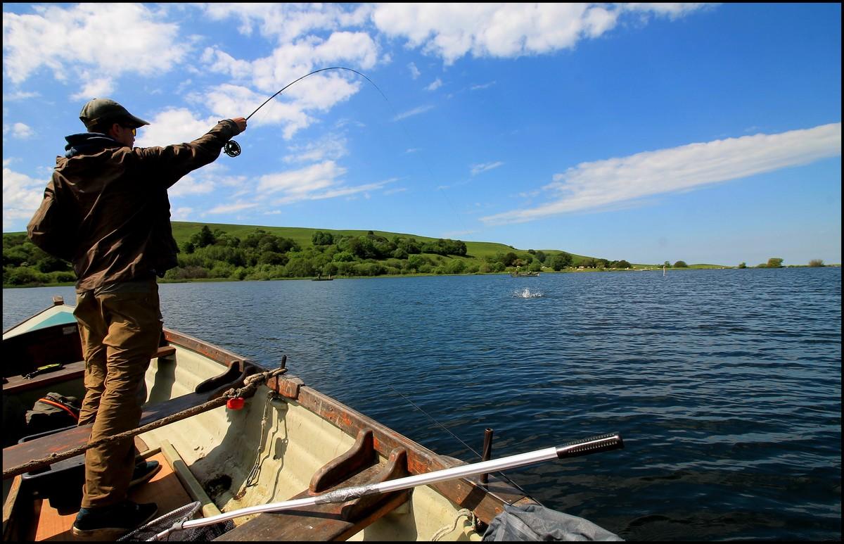 La ligne pour la pêche le test